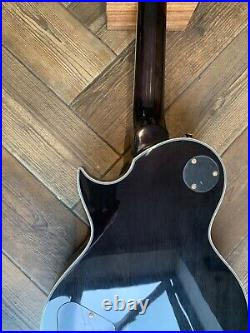 Vintage V100MP Les Paul guitar. In mint condition. Collection from SE22